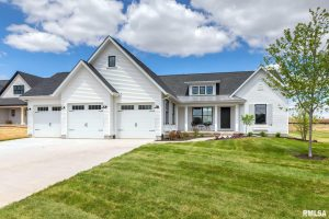 4820 Lakeside Dr, Bettendorf, IA Parade of Home